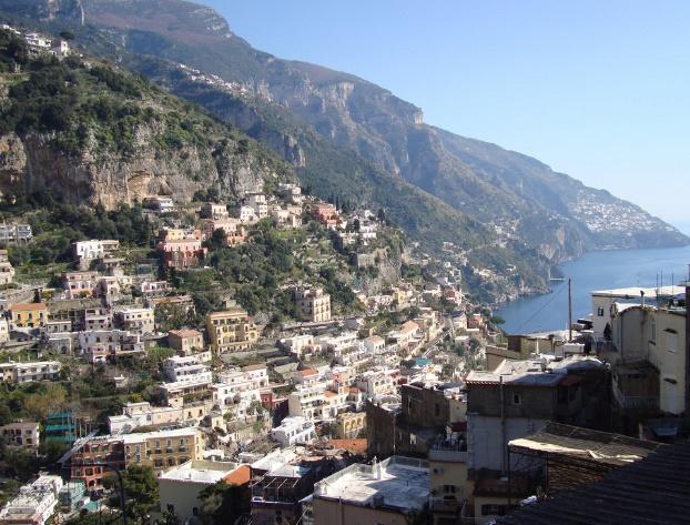 Costiera amalfitana costiera sorrentina hotel b b amalfi for Soggiorno costiera amalfitana